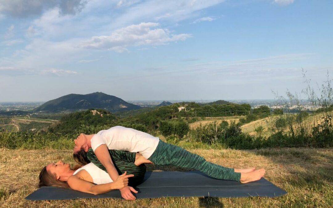 Lo Yoga nel trattamento della scoliosi